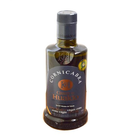 Bottle of cornicabra olive oil from Casas de Hualdo
