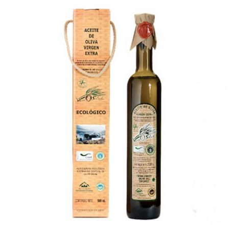 case with bottle of organic olive oil of Verde Salud