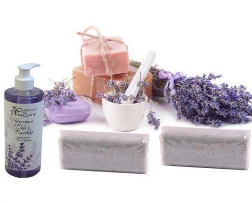 la lavanda, uno de los ingredientes para la cosmética natural