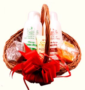cesta con cosmética natural casera