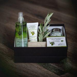 Nuestra caja de regalo con cosmética natural